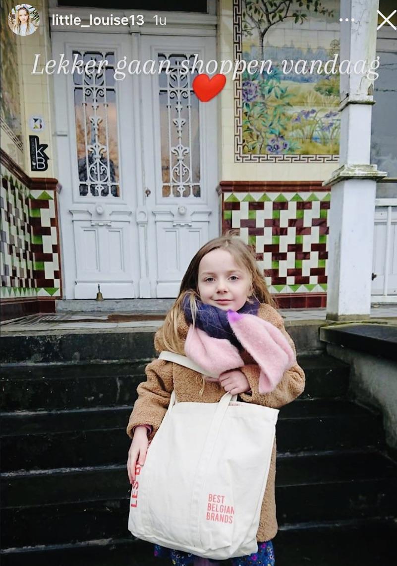 #lesbelgeslover - @Little_louise13